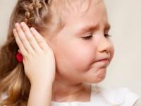 Μαμά, πονάει το αυτί μου!