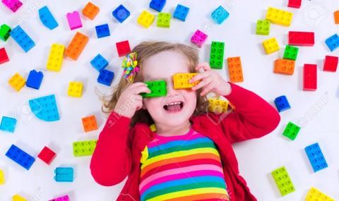 Πως να διαλέξετε παιχνίδια φιλικά για τα μάτια  των παιδιών σας