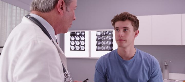 Οι νεαροί ενήλικες με καρκίνο δεν συμμετέχουν στις ιατρικές αποφάσεις.