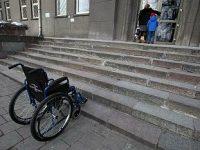 Έρευνα: Τα άτομα με Αναπηρίες εγκαταλείπουν πρόωρα την εκπαίδευση.