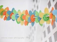 Μια πολύχρωμη γιρλάντα λουλουδιών για το παιδικό δωμάτιο!