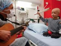 Η μουσική «σύμμαχος» των νέων με καρκίνο