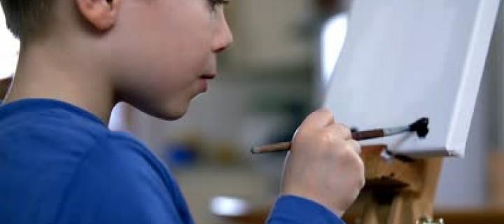 Ζωγραφίζουμε με το παιδί όσα δεν μπορούμε να πούμε με λέξεις