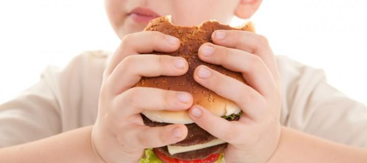 Υπέρβαρα ή παχύσαρκα τα 3 στα 10 παιδιά της χώρας μας