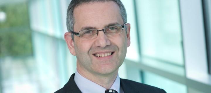 Δρ. Πάνος Αναστασιάδης: «Κερδίζουμε βήμα βήμα τη μάχη με τον καρκίνο»