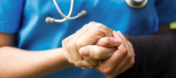 Ψηφίστηκε νόμος στη Γαλλία για ασθενείς τελικού σταδίου
