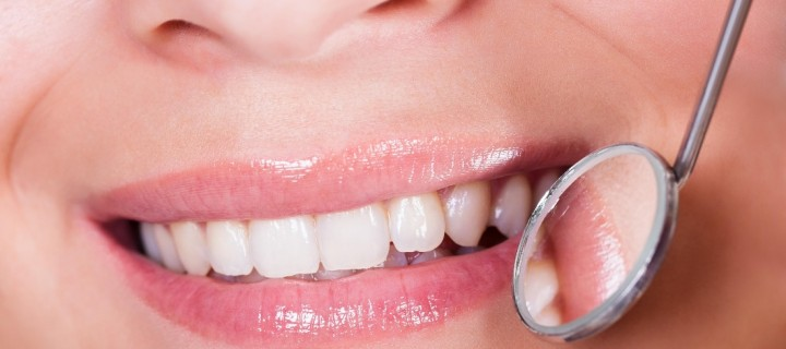 Να μη ξεχνάμε τα δόντια μας το καλοκαίρι!