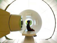 Θεραπεία με πρωτόνια για τον καρκίνο ξεκινά στο Manchester το 2018