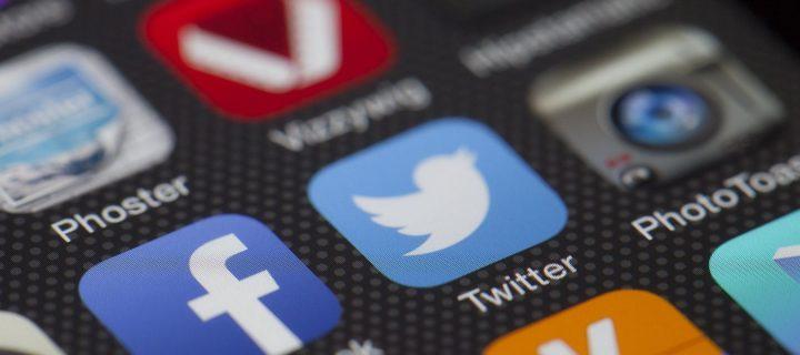 Πόσο ασφαλή είναι τα Social Media για τα παιδιά μας;