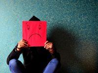 Κάθε 40 δευτερόλεπτα πεθαίνει ένας άνθρωπος από αυτοκτονία